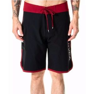 RVCA • Eastern Black/Red Contrast Men's Boardshort